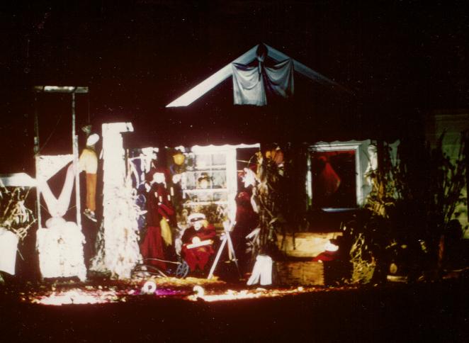 Halloween House 2__Oak Lawn_Kodak Ektacolor IE-135-20